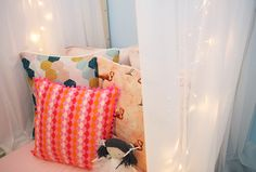 We are Sommerwies, a brand that produces and sells custom-made and prompt delivery cushion covers, eco wraps, decor items, and natural products for skin care and bath use. Cushion Covers Online, Handmade Cushion Covers, Handmade Cushions, Pink Bedroom For Girls, Flamingo Decor, Color Pallets, Colorful Decor, Decorative Items, Pink Girl