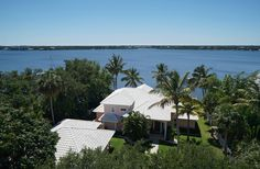 Tranquil waterfront setting close to the heart of downtown Stuart. For more details click on www.debraduvall.com