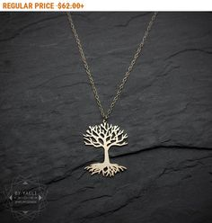 Tree of life pendant Tree necklace tree of life celtic jewelry pagan jewelry tree of life jewelry spiritual statement necklace gift for her Tree Of Life Jewelry, Tree Of Life Necklace, Cluster Necklace, Tree Of Life Pendant, Necklace Ideas, Irish Jewelry, Pagan Jewelry, Antique Jewelry, Celtic Necklace