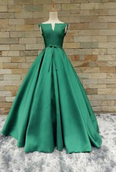 Ball Gown Evening Dress Green V-neck Satin Lace Up Long Formal Gown - Green/Dark Green - Satin - US 6