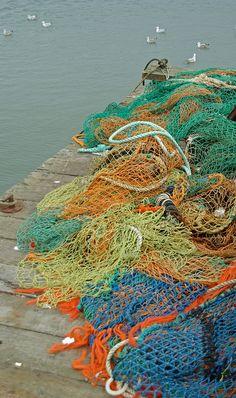 ⚓♡salt air⊰⛵  . Fishing net, Felixstowe, Suffolk, England by Sebastià Giralt, via Flickr