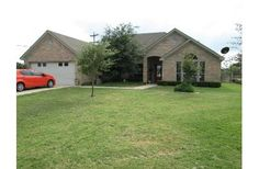 Home for Sale in Lampasas, TX – Diamond Ridge Acreage: 0.36  Price: $187000