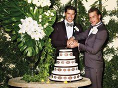 Las Vegas gay wedding fashion photoshoot big-gay-weddings