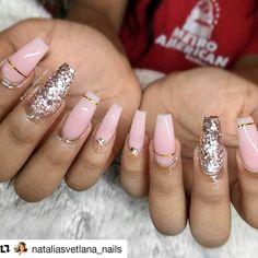 #Repost @nataliasvetlana_nails with @repostapp ・・・ #notd  client request:  @laquenailbar re-creation. #nails #nailart #encapsulatednails #glitternails #glitter_heaven_australia #dcnails #mdnails #vanails #dmvnails #nails2inspire #nailstagram #nude #nudenails