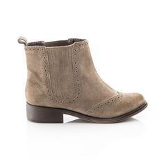 {Abigail boot} ShoeMint
