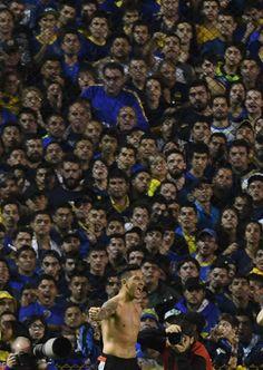 Las 92 mejores fotos del Superclásico en la Bombonera Rivera, Chelsea Fc, Carp, Twitter, Mariana, Buenos Aires, Buenos Aires Argentina, Common Carp, Chelsea F.c.