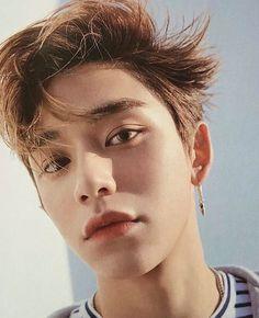 Lucas so handsome Lucas Nct, Nct 127, Nct Yuta, Winwin, Jaehyun, K Pop, K Wallpaper, Mark Nct, Fandoms