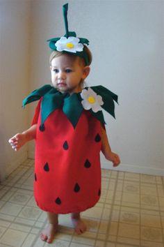 schöne ideen für faschingskostüme kinder erdbeere - toddler strawberry costume