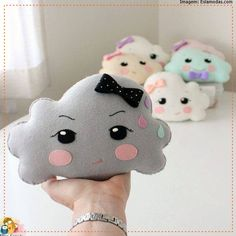 Cloud Pillow pdf Pattern by Gingermelon on Etsy Felt Crafts, Fabric Crafts, Sewing Crafts, Diy And Crafts, Sewing Projects, Craft Projects, Arts And Crafts, Cute Pillows, Diy Pillows