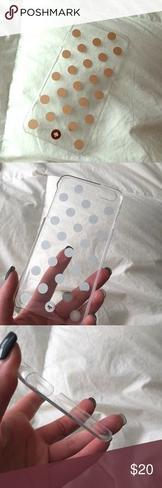 Kate Spade iPhone 6s Plus Case Gently used case for iPhone 6s Plus. See slight cracking on the bottom corners. Reasonable offers welcome 😊 kate spade Accessories Phone Cases