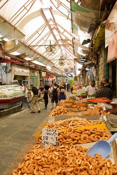 The lovely Mahane Yehuda Market - Jerusalem, Israel once upon a time, my grocery… Israel Travel, Israel Trip, Visit Israel, Israel Palestine, Holy Land, What A Wonderful World, Farmers Market, Street Food, Wonders Of The World