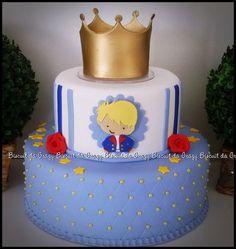 ANTES DA COMPRA VERIFIQUE DATA DISPONIVEL DE ENVIO INFORME DATA DA FESTA Mais Prince Birthday Theme, Birthday Cake, Baby Shower Cakes, Little Prince Party, Prince Cake, Crown Cake, Cakes For Boys, Macaron, Baby Party