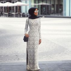 long white lace maxi dress- Ideas for everyday casual hijab http://www.justtrendygirls.com/ideas-for-everyday-casual-hijab/