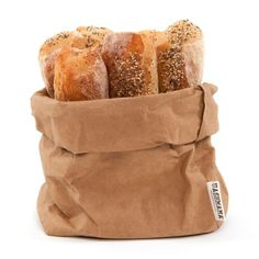 The Uashmama Paper Bags feel like leather, wash like fabric and flatten for easy storage. Originally designed as a bread bag, Uashmama washable paper is handmade in Italy using fiber from responsibly Sarah Wiener, Large Bags, Small Bags, Bread Bags, Snack Recipes, Snacks, Bread Recipes, Paleo Bread, Paper Storage
