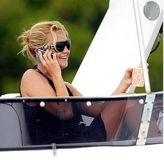 Kate Hudson in AM Eyewear