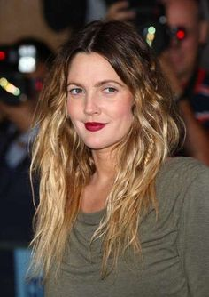 Drew Barrymore's Hairdo at the 'Going the Distance' Premiere #hair trendhunter.com