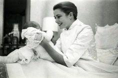Elegant photo of Princess Grace with Princess Caroline - 1957