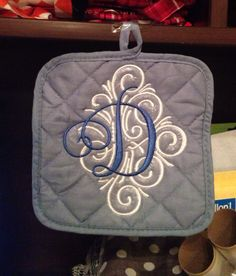 Monogrammed pot holders Set of 2. Boutique by Leah @ etsy
