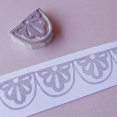 Lace Scallop Border - Hand Carved Stamp Repeating