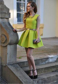 Vestido sin espalda sin manga-verde