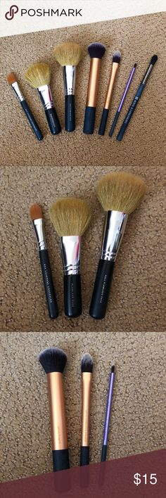 Makeup Brush Bundle (7) All are new or used minimally and washed. 3 real techniques brushes (buffing brush, pointed foundation brush, pixel point eyeliner brush), 3 Bare Minerals brushes (flawless faces brush, full flawless face brush, full coverage concealer brush), and a Royal & Langnickel Evolution BX-90. The handles are a bit scuffed from being stored away, but nothing major. bareMinerals Makeup Brushes & Tools