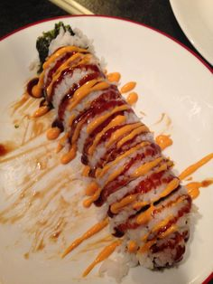 Sushi My Sushi, Sushi Love, Bento, Sushi Comida, Sushi Ideas, Recipes From Heaven, Foods To Eat, Food Heaven, Sashimi