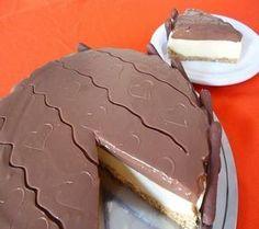 A Torta Holandesa Fácil, Rápida e Econômica fica deliciosa e muito refrescante, já que é a base de sorvete, e você leva menos de 20 minutinhos para prepará