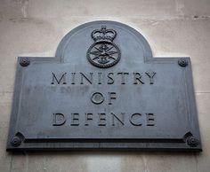 Britisches Verteidigungsministerium hält angeblich noch 18 weitere geheime UFO-Akten zurück  http://grenzwissenschaft-aktuell.blogspot.de/2014/09/britisches-verteidigungsministerium.html  Abb.: Harland Quarrington/MOD