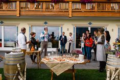 Cake & Confetti Weddings, Photography by Luis Efigenio