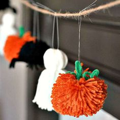 Yarn Halloween Garland