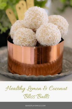 These healthy Lemon & Coconut Bliss Balls take just 10 minutes to prepare, use only 4 ingredients, are freezer-friendly and taste AMAZING! It doesn't get any better than that! Lunch Box Recipes, Snack Recipes, Dessert Recipes, Healthy Desserts, Delicious Desserts, Yummy Food, Healthy Recipes, Free Recipes, Coconut Protein