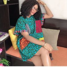 Hello Ladies Today we bring you latest trending Ankara styles For the fashionable ladies to try out.Here are best and latest 2019 Trending Beautiful Ankara African Fashion Ankara, African Inspired Fashion, Latest African Fashion Dresses, African Print Fashion, African Wear, African Attire, Ankara Short Gown Styles, Short African Dresses, Trendy Ankara Styles