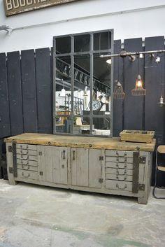 Etabli d'atelier mécanique