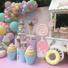 "Larger than life decor adds incredible character to events. How ""sweet"" is this?⁠ ⁠ ⁠ for more party content! Candy Theme Birthday Party, Candy Land Theme, Donut Birthday Parties, Candy Party, Birthday Party Decorations, Watermelon Party Decorations, Birthday Cake, Deco Baby Shower, Baby Shower Balloons"
