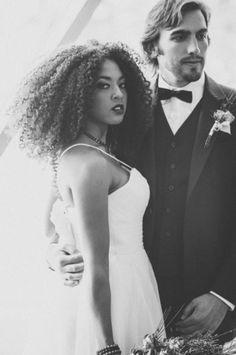 Modern Red Industrial Wedding Inspiration_0008