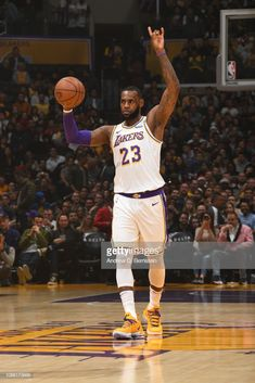 09944e9c7 LeBron James of the Los Angeles Lakers makes a signal during the game.
