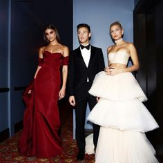 #MetGala topmodels public Hailey Baldwin, Taylor hill, Karlie Kloss and Cameron Dallas before going on the red carpet of the annual Ball Costume Institute, may 1.