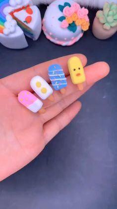 Polymer Clay Kunst, Polymer Clay Kawaii, Polymer Clay Projects, Polymer Clay Charms, Diy Clay, Clay Crafts For Kids, Barbie Dolls Diy, Cute Clay, Clay Food