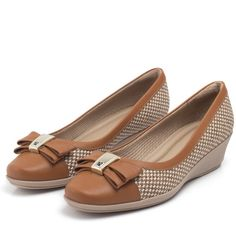 e7c7787a6 8 melhores imagens de Sapatos | Leather, Shoes e Lights