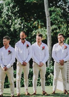 Julia & Jarrod's Bright Tropical Bali Wedding <br> A Bright Tropical Bali Wedding at a Balinese Villa captured by Alma Photography. The bride wears a bespoke gown with fabric by D'Italia and carries tropical flowers. Casual Groomsmen Attire, Groomsmen Attire Beach Wedding, Casual Wedding Attire, Suit For Wedding, Best Man Outfit Wedding, Groomsman Attire, Beach Groom, Groom Suits, Bali Wedding