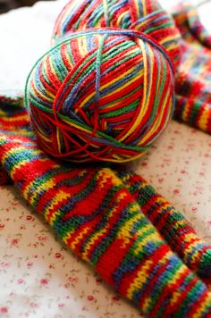 Learning To Knit a CosyWool Scarf http://www.beingashleigh.com/2015/12/learning-to-knit-cosywool-scarf.html #knitting