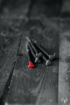 .Jamás permitas que tu #paz y #felicidad dependa de otra persona, eso te pertenece a ti, eres el/la único/a dueño/a de tus #sentimientos. http://blog.twinshoes.es/2013/06/20/el-duelo-tras-una-ruptura-amorosa/