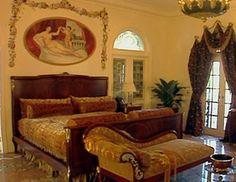 Versace Mansion Versace Mansion Miami, Versace Home, South Beach Miami, Celebrity Houses, Closet Bedroom, Gianni Versace, Celebrities Homes, Bedrooms, House Design