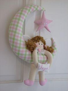 Enfeite de porta de maternidade para menina by Atelier KoKe Luxe, via Flickr