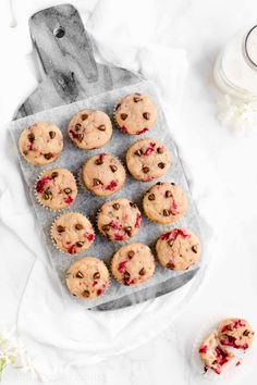 Healthy Raspberry Chocolate Chip Mini Muffins -- only 37 calories! Sweet, moist, tender & SO good! They're the BEST raspberry muffins I've ever had! Perfect for breakfasts & snacks! ♡ clean eating healthy raspberry muffins. greek yogurt healthy raspberry muffins. easy raspberry muffins recipe.