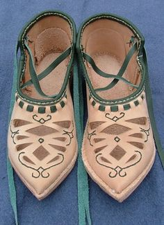 Slavic shoes based on the design found on a discovery from Opole (Poland), c. 11th-12th centuries. http://www.pinterest.com/pin/465418942714370724/