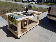 Mobile Workbench With Built-in Table & Miter Saws: 8 Steps (.-Mobile Workbench With Built-in Table & Miter Saws: 8 Steps (with Pictures) Mobile Workbench With Built-in Table & Miter Saws: 8 Steps (with Pictures) - Woodworking Bench Plans, Woodworking For Kids, Easy Woodworking Projects, Woodworking Shop, Wood Projects, Woodworking Jigsaw, Woodworking Techniques, Woodworking Joints, Woodworking Equipment