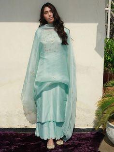 Mint Green Hand Embroidered Chanderi Silk Kurta with Scalloped Palazzo and Organza Silk Dupatta - Set of 3 Stylish Dress Designs, Designs For Dresses, Stylish Dresses, Stylish Kurtis, Trendy Outfits, Designer Party Wear Dresses, Kurti Designs Party Wear, Pakistani Dresses Casual, Pakistani Dress Design