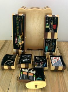 CHAMELEON JEWELRY BOX flip the drawers to change the colors