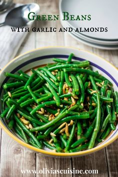 Green Beans with Garlic and Almonds Is a beautiful and tasty side dish for Thanksgiving! We love to top it with Diamond Almonds!